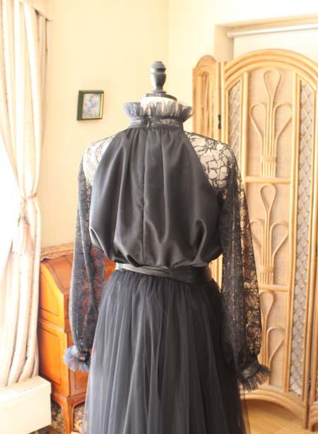 背後のデザイン オーダーメイドドレス