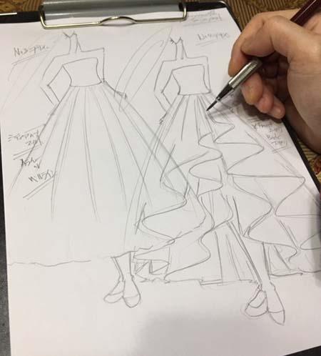 2WAYスタイルでウェディングドレスとお色直しカラードレス