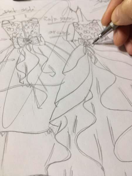 ドレスデザインの立案 デザイン画