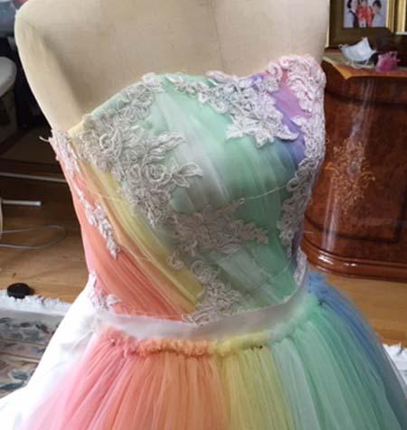 レインボーカラードレス製作