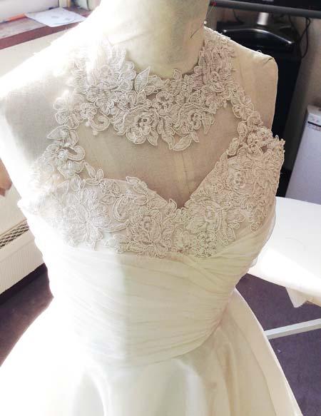 ウェディングドレスのトップスデザイン オーダーメイド製作