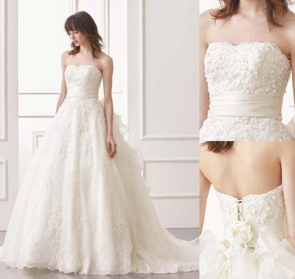 ウェディングドレス オフホワイト