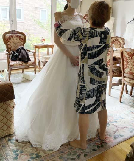 ミリ単位の調整 ウェディングドレスの本仮縫い