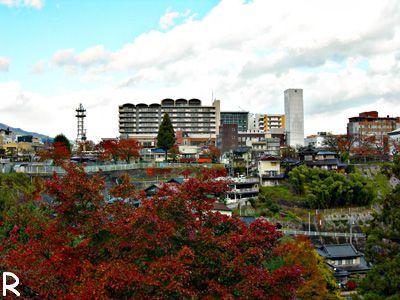 愛宕神社から見た本町ビル群
