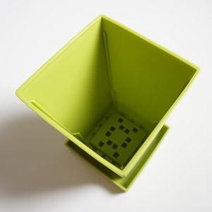 100均Can★Do(キャンドゥ)プランター・植物ポット 受皿つき