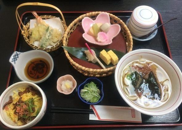 創業明治10年、うどんそば日本料理の老舗【歌行燈(うたあんどん)】