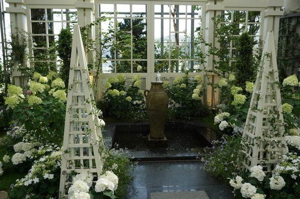 兵庫県立淡路夢舞台温室【奇跡の星の植物館】フラワーショースペース