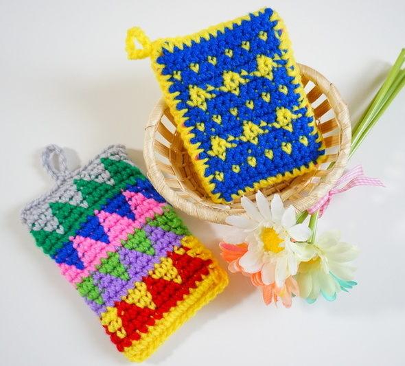 かぎ針柄模様のアクリルタワシ手編み