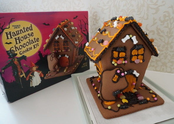Trader Joes Halloween Haunted House Cookie Kit