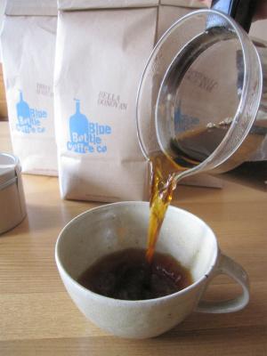 ブルーボトルコーヒーをハンドドリップにて抽出