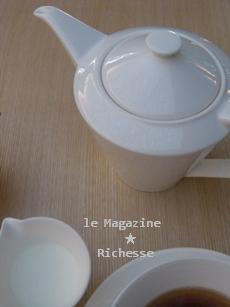 le12oct2009NEZU CAFE_teapot