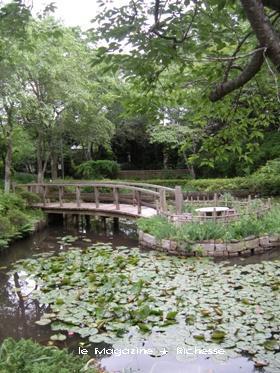 春風萬里荘庭園