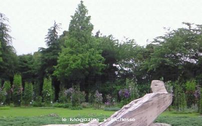 le19juin2010 クレマチスの丘 ヴァンジ彫刻庭園美術館の庭園
