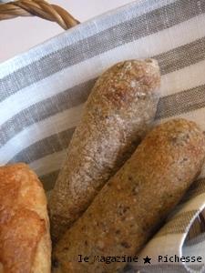 Les pains_Le Petit Mec OIKEル・Olivier、Bâton au anchois、etc...