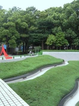 名古屋市美術館_Sunken Garden