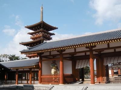 2012奈良大本山_薬師寺_中門・回廊(二天皇像)