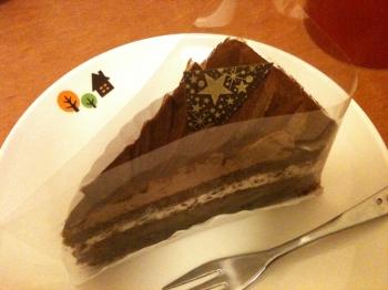 食前のケーキ