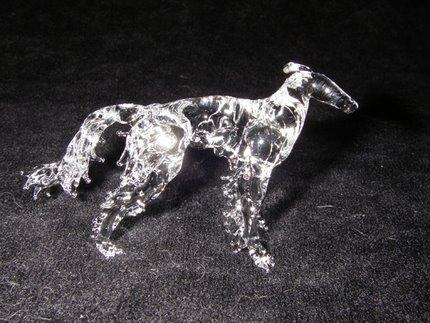 ボルゾイのガラスの像3