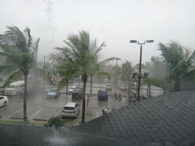 2014.9.5サムイ島天気嵐