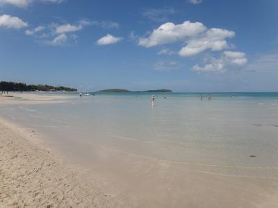 7月の透明度と遠浅チャウエンビーチ