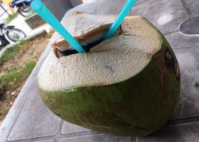 ココナッツジュースサムイ島