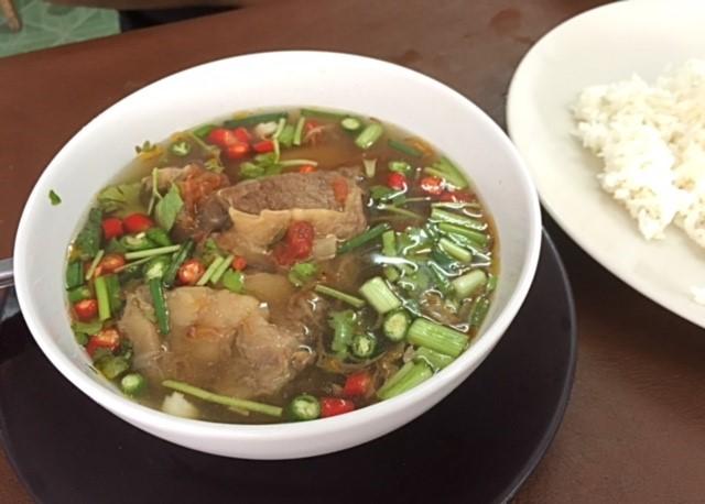 スップヌアハラル食堂サムイ島タイ料理