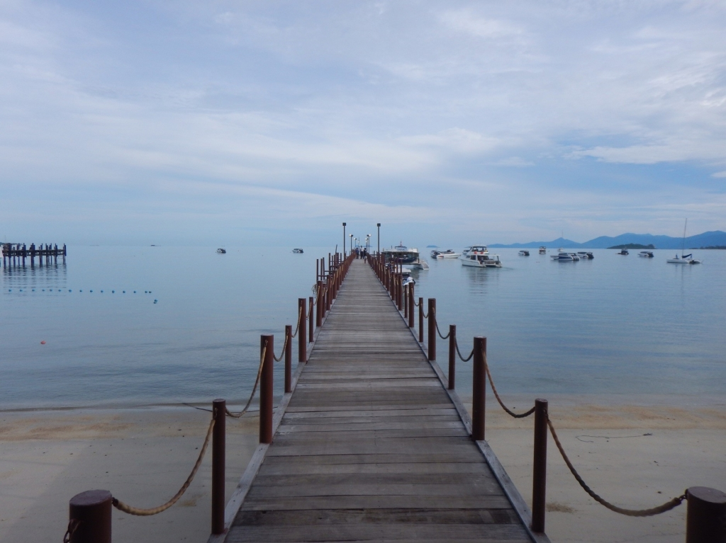 サムイ島バンラックビーチ桟橋