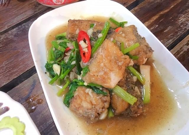 魚とセロリの炒め物タイ料理