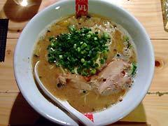 凪 西尾のお遊び豚骨麺