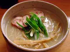 臥龍 軍鶏白湯麺