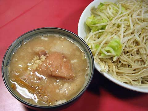 二郎@歌舞伎町 つけ麺 普通
