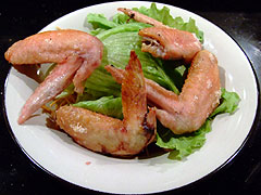 金めじ おつまみ 手羽先+揚げ麺
