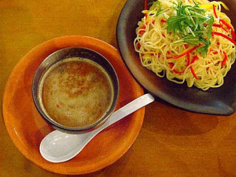 生粋 つけ麺秋刀魚鶏白湯