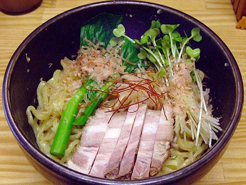 しろ八 味噌和え麺+花チンゲンサイ