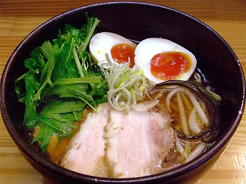 しろ八 しろ八麺+水菜