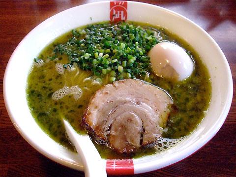 凪 渋谷 翠の豚骨+味玉