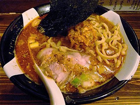 凪@新宿ゴールデン街 担々麺