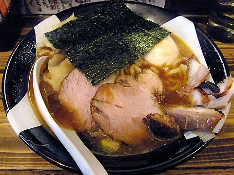 凪@新宿ゴールデン街 味玉煮干しラーメン