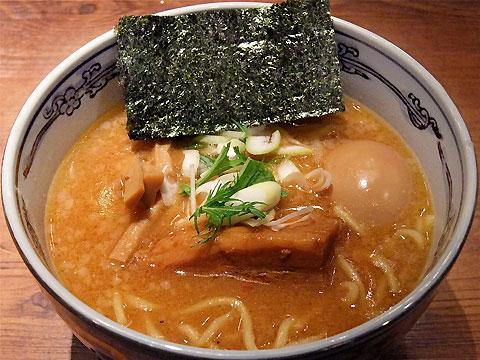 麺屋武蔵 味玉味噌ら〜麺