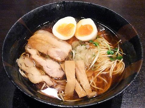 麺屋33 丸鶏旨味そば醤油+昆布玉子
