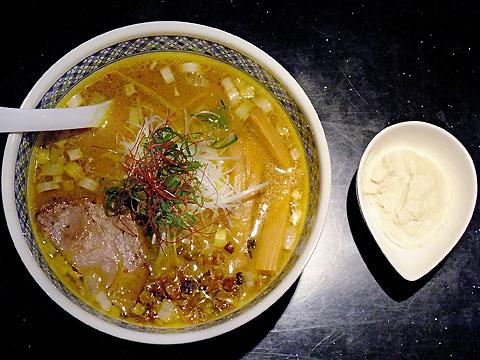 めじろ 味噌カレ〜麺