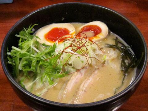 旬麺しろ八 味噌しろ八+水菜