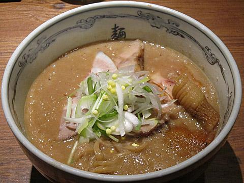 麺屋武蔵 ホエートンコツ味噌ら〜麺