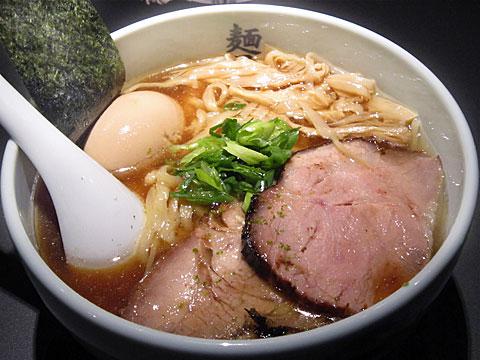 麺屋武蔵 虎嘯 味玉ら〜麺