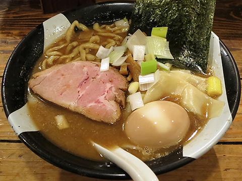 凪@ゴールデン街 味玉煮干ラーメン