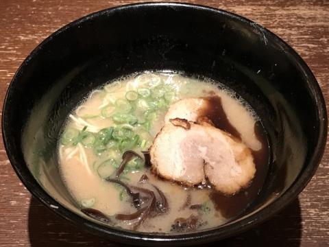 博多うま馬@東京駅 濃まるラーメン