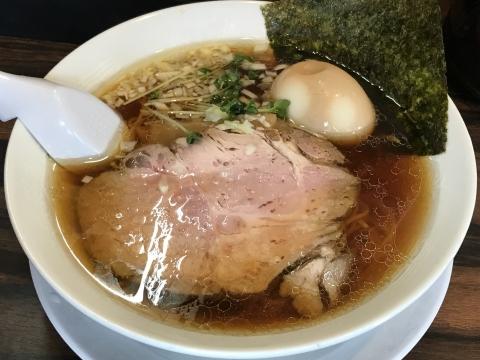 稲荷屋@稲荷町 醤油細麺+味玉