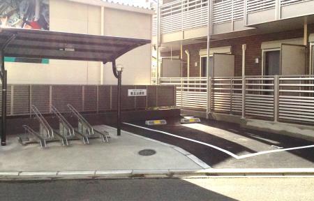駐車場完成