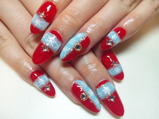 赤&水色×雪の結晶ネイル*スカルプ