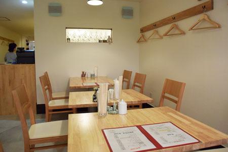 ヨロズ食堂